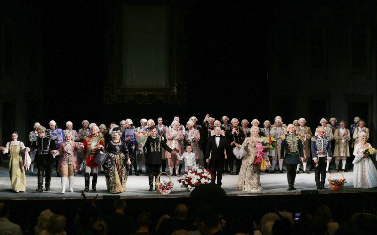 Празднование дня театра в Донбасс Опере!