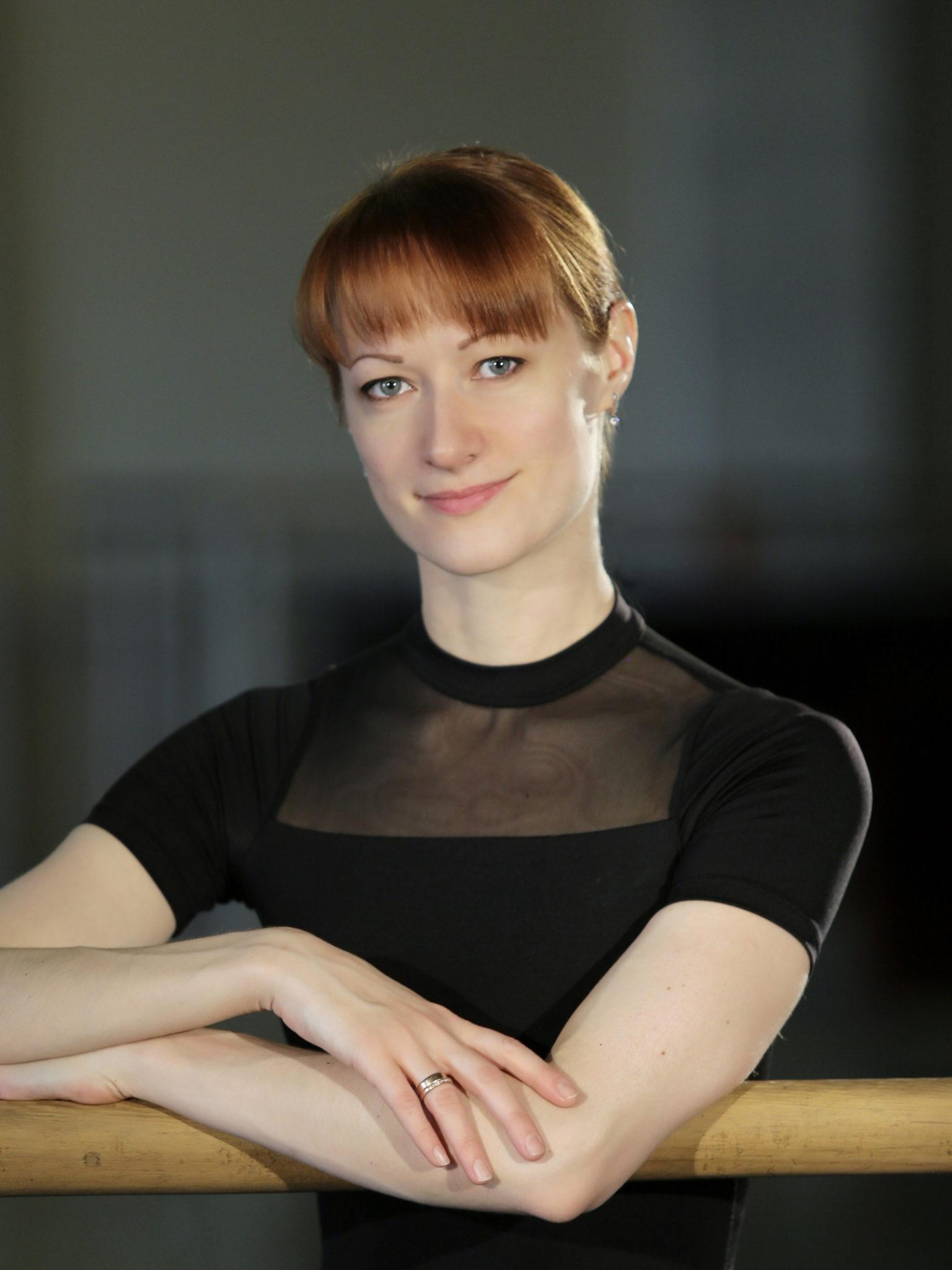 Соловей Елена Владимировна - ведущая солистка
